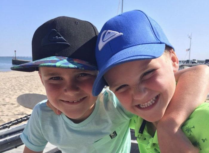 Broers Stichting Teun Emery Dreifuss progressieve zeldzame spierziekte
